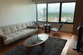 Contemporary 1 Bedroom Furnished Unit at One Rockwell Makati
