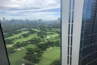 The Beaufort Tower BGC Furnished 2 Bedroom unit Golf Course view