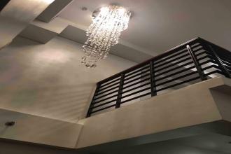 Contemporary 1BR Loft in The Eton Residences Greenbelt Makati