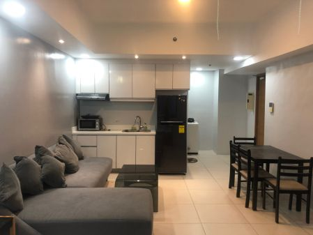 Fully Furnished Studio Unit in Icon Plaza