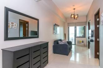 Fully Furnished 1 Bedroom Condo for Rent at Park West