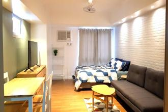Fully Furnished Studio with Parking Slot at Two Maridien Taguig