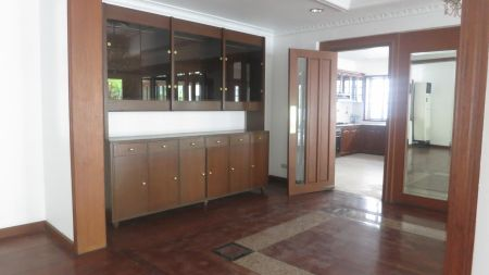 Ayala Alabang 4+den Bedroom House For Rent in Alabang Muntinlupa