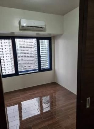 Brand new and newly turned over 1BR at SMDC Air Residences