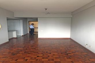 Unfurnished 1 Bedroom with Parking at Paragon Plaza