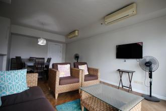 Fully Furnished 1 Bedroom Condo for Rent at Manansala Rockwell