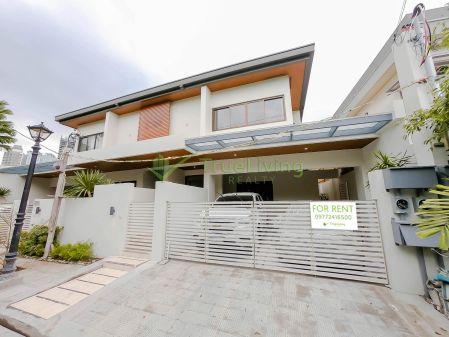 2 Storey Duplex House for Rent in San Lorenzo Village Makati