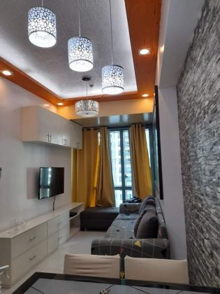 1BR Furnished Unit for Rent at 8 Forbestown Condo
