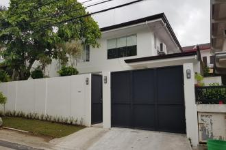 Ayala Alabang 4 Bedroom Den Renovated House for Rent