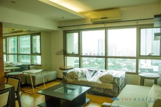 1BR with Balcony for Rent in The Residences at Greenbelt Makati