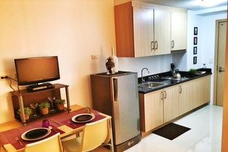 Brand New 1 BR Fully Furnished Condo with Balcony