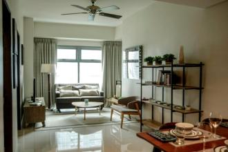 2BR Apartment with balcony for rent at Park West