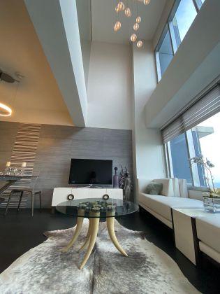 High Floor 2 Bedroom Loft in One Rockwell West