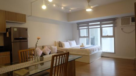 Executive Studio in One Maridien for Rent in BGC Taguig