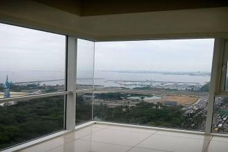 For Rent 1BR Unit in Breeze Residences with Balcony