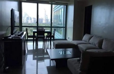 2BR Condo for Rent in 8 Forbes Town Road BGC