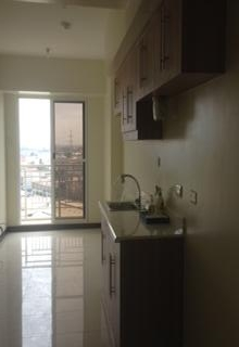 1 Bedroom Unit with Balcony at Zinnia Towers Quezon City