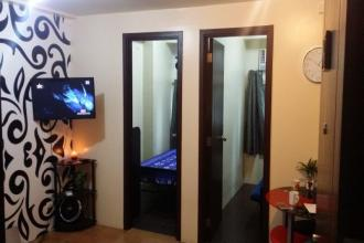 Pioneer Woodlands Fully Furnish 2 Bedroom Unit for Rent