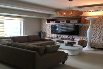 2BR for Rent in Two Serendra Sequioa Tower
