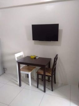 For Rent in 1BR Unit in Green Residences
