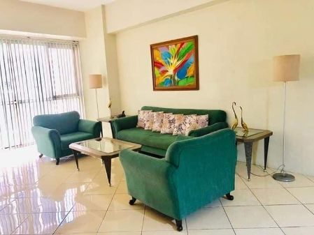Spacious 1BR with Balcony for Rent at Paseo Parkview Suites