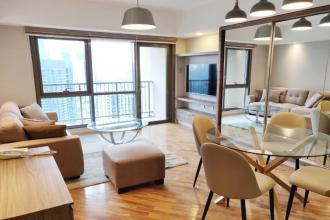 Beautiful Fully Furnished 2 Bedroom Condominium in Joya Rockwell
