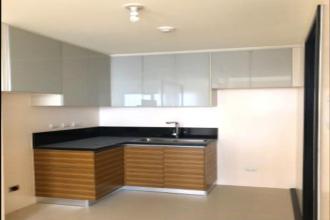 Studio for Rent in The Viridian in Greenhills