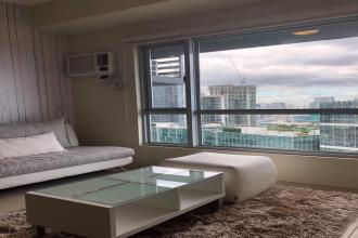 Fully Furnished 2BR Loft for Rent in Avida Towers 34th Street BGC