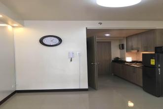 1 Bedroom Staff House SHORE RESIDENCES for rent Sunrise Dr, Pasay