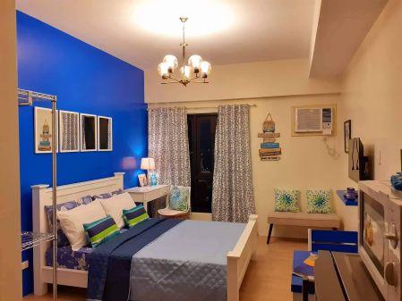 FOR RENT: Studio unit in Vinia Residences