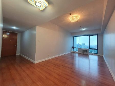3BR Semi Furnished Corner Unit for Rent at Bellagio Tower 2