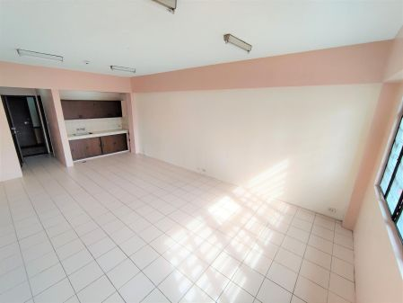 Very Large Convenient 45 SQM Studio in Pasay City