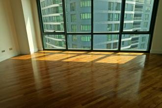 Semi Furnished 2BR for Lease in Rockwell AMorsolo
