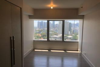 Fully Furnished Studio Unit at One Rockwell for Rent